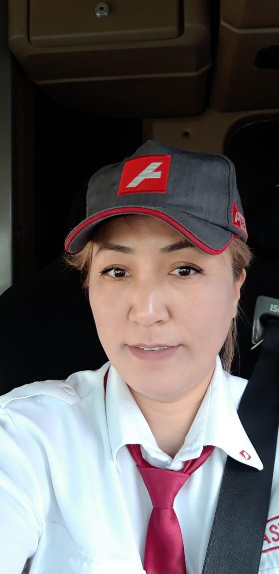 Женщина-водитель автобуса в Нур-Султане рассказала о профессии и благодарных пассажирах, фото-1