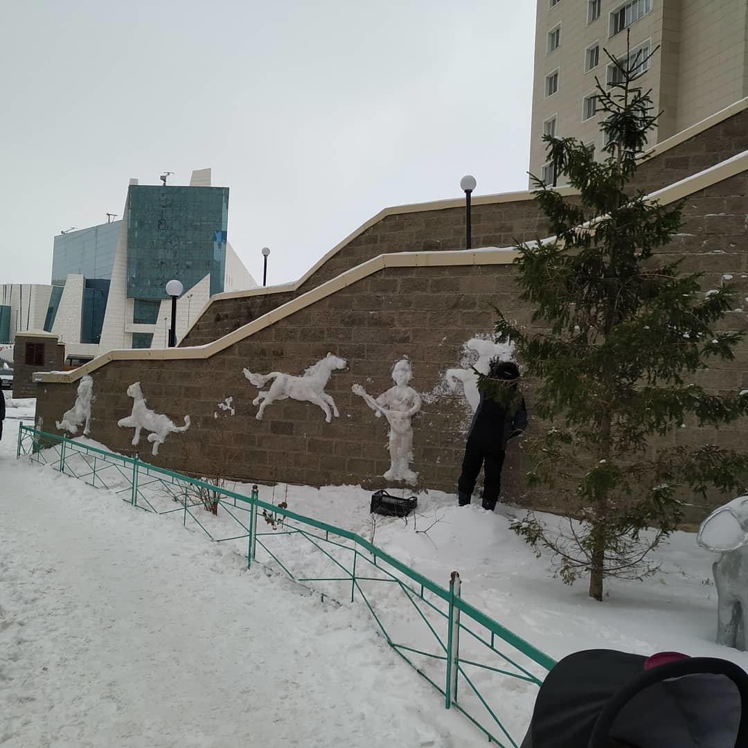 Художник делает барельефы из снега в Нур-Султане (фото), фото-1, akpalenov/Instagram