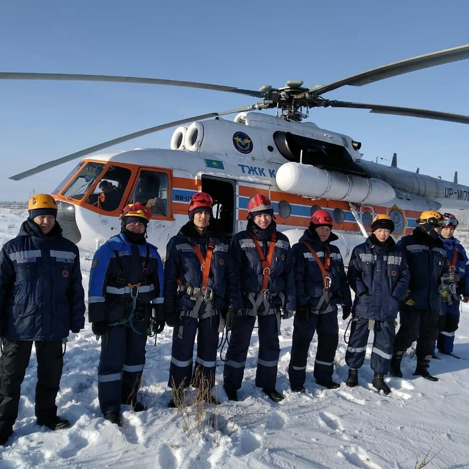 Спасатели Нур-Султана провели тренировку с использованием вертолёта (фото), фото-5
