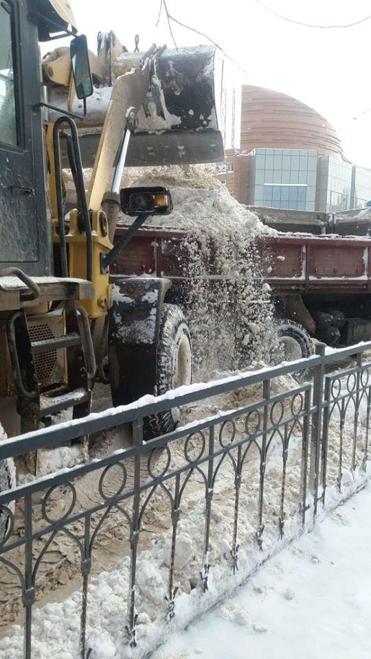 С улиц Нур-Султана за ночь вывезли более 25 тысяч кубометров снега, фото-2