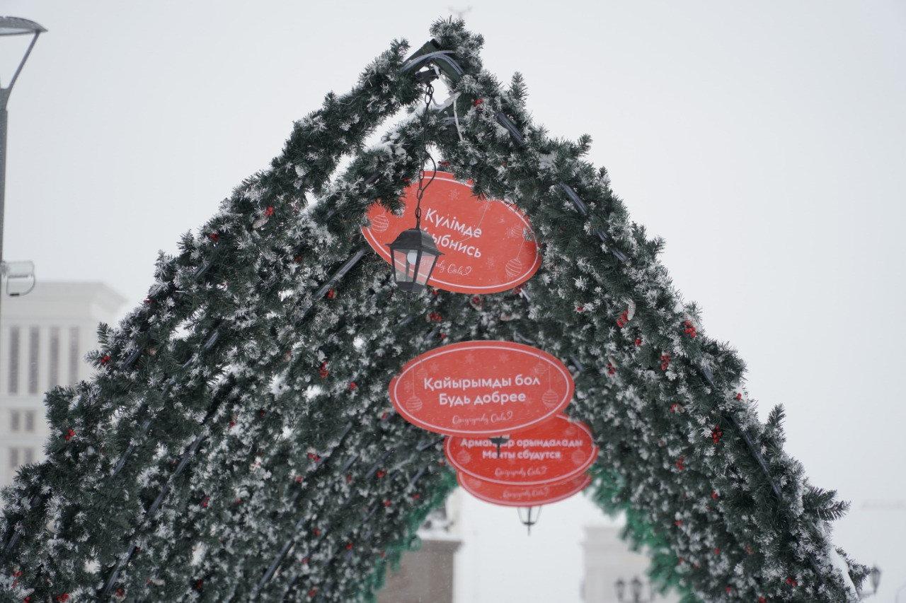 Более 300 снеговиков получили «прописку» в Ботаническом саду Нур-Султана, фото-4