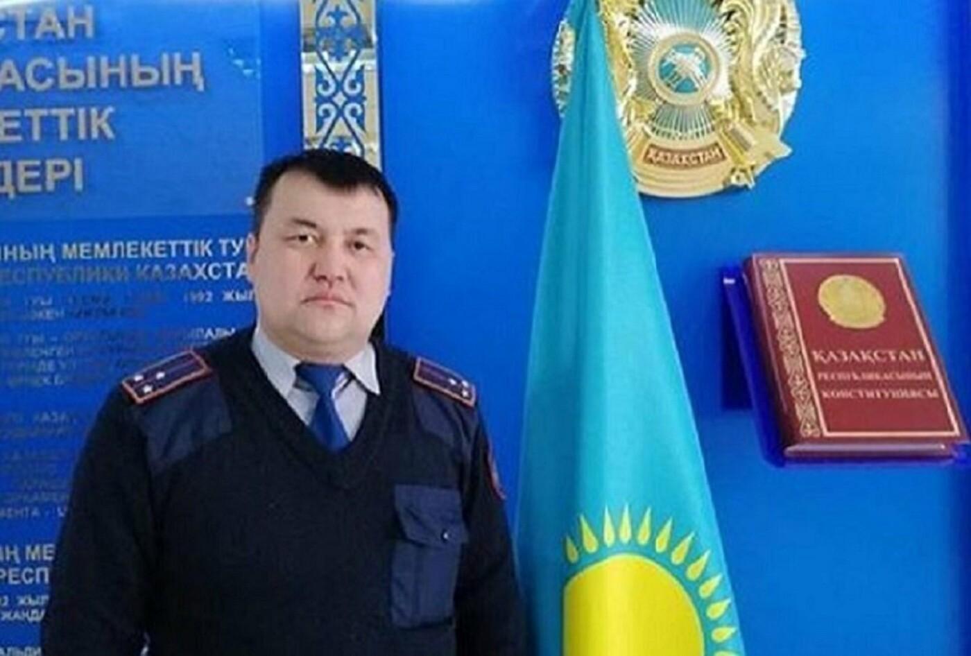 Служебную «Ниву» и 100 тысяч тенге получил «народный участковый» Акмолинской области, фото-1