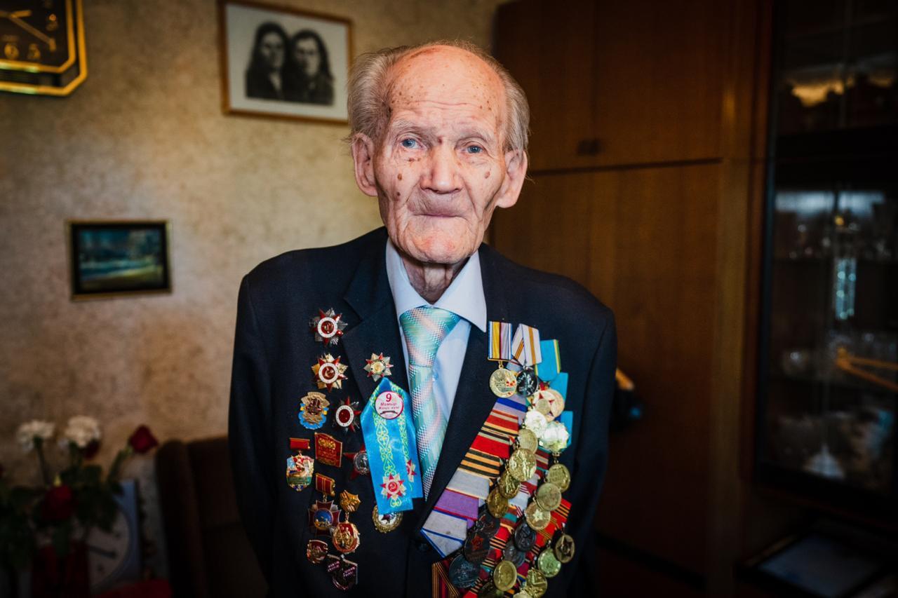 Аким Нур-Султана поздравил ветеранов ВОВ, фото-1